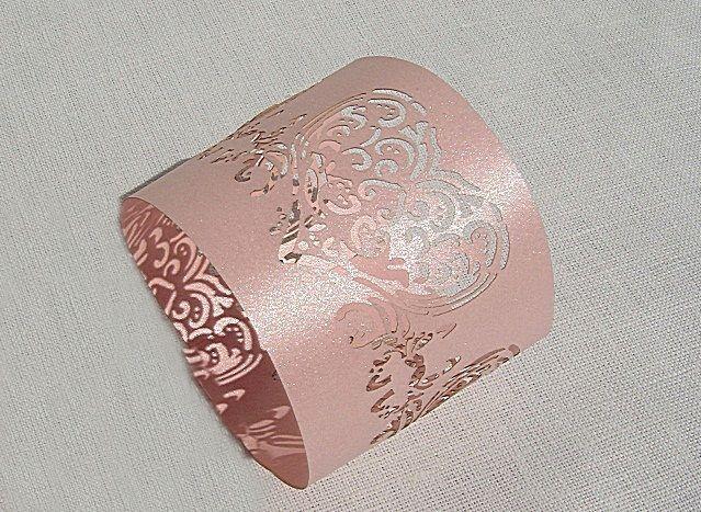 Pásek na ubrousky - dekor: srdíčka; růžová - 12ks