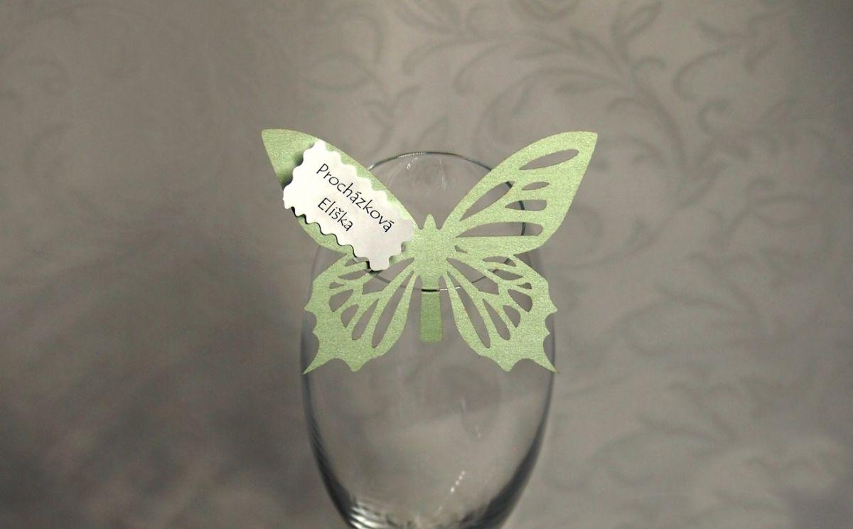 Jmenovka na skleničku, motýlek - světle zelená